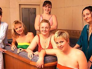 Mature, Sauna,