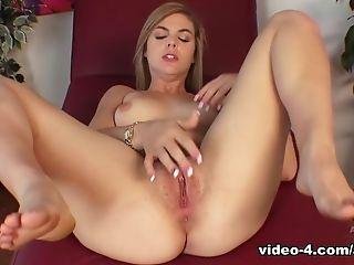 Big Ass, Blonde, Hairy, Kendra Lynn, Masturbation, Pornstar, Solo,