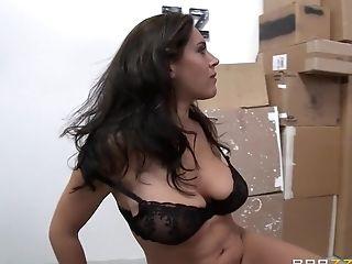 Sexo Anal, Bunda Grande, Pau Grande, Peitos Grandes, Boquete, Britânicas, Morena , Facial, Dominante, Hardcore ,