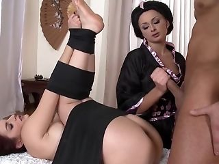 Милые Дамы Порно И Секс Фото С Лесбиянками