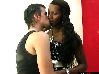 жопа, черные, милые, трахает, верхом, сексуальные, трансвеститы, высокие, трансы,